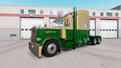 La piel Oscura de Oro Verde en el camión Peterbi